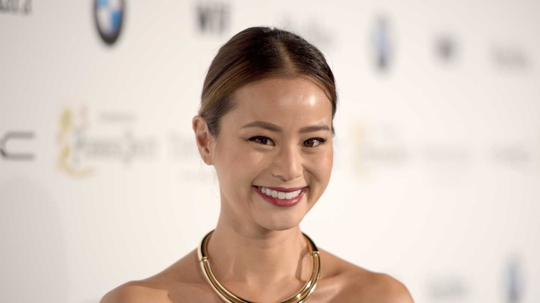 Office Christmas Party Jamie Chung.Jamie Chung Added To The Cast Of Office Christmas Party