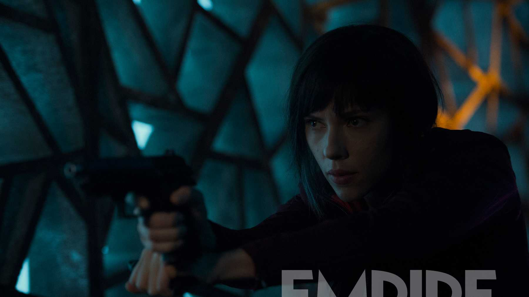 Ghost In The Shell New Look At Scarlett Johansson S Major Movies Empire