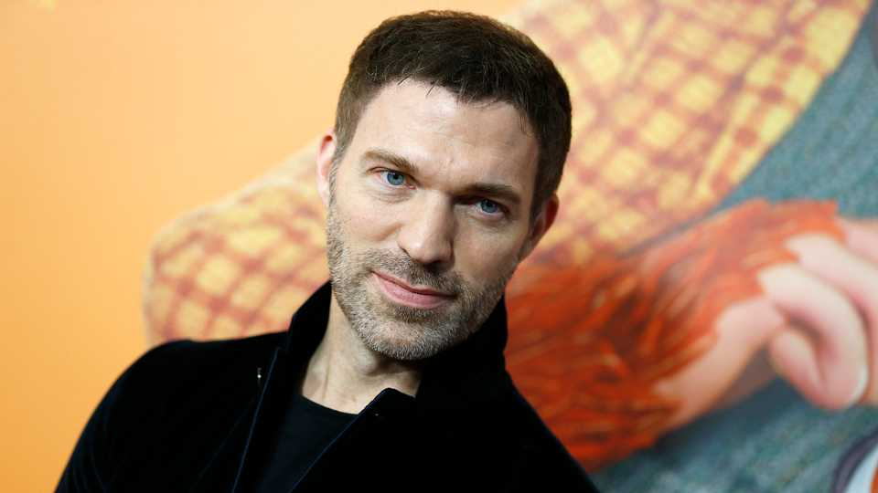 Bumblebee's Travis Knight On To Direct Uncharted