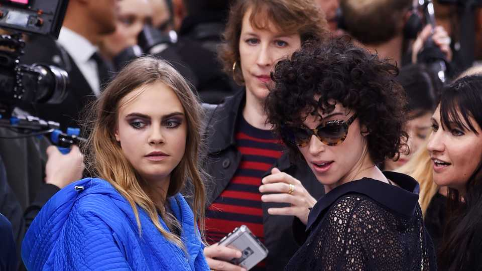 Was Cara Delevingne Spotted Closely Admiring St Vincent S