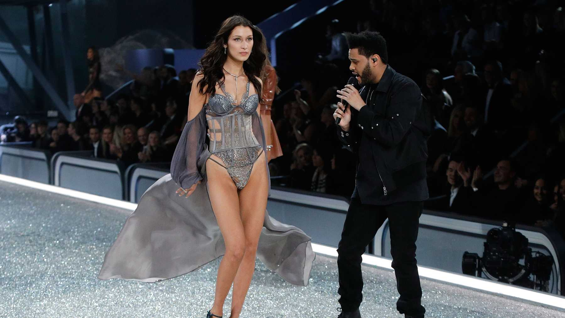 760d25c5d3b Bella Hadid And The Weeknd Are Reunited On The Victoria s Secret Catwalk