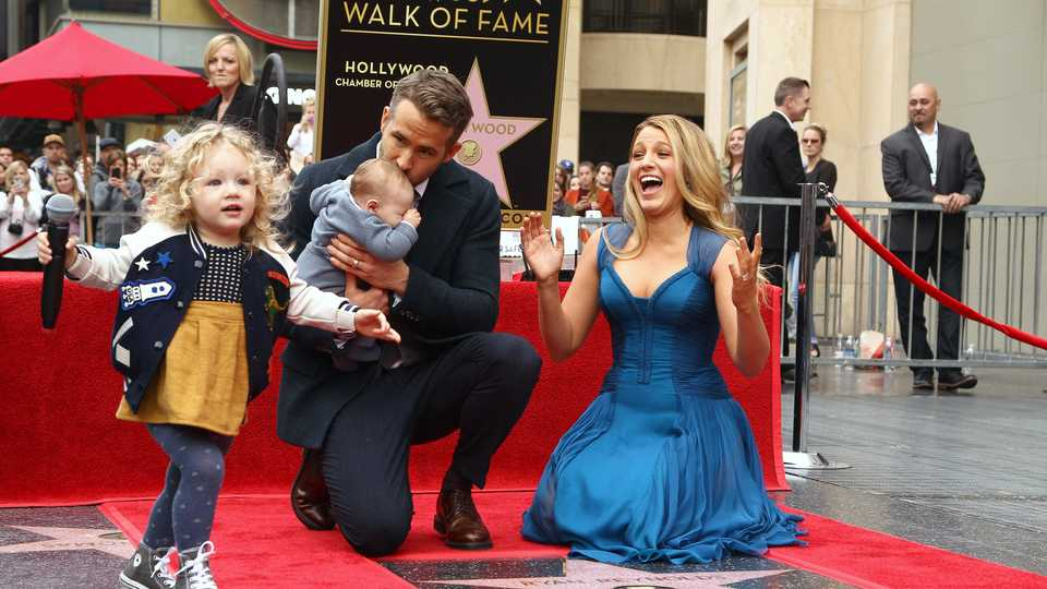 These pictures of Ryan Reynolds and Blake Lively's family ...