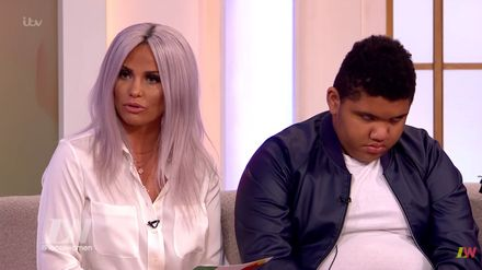 Katie Price Brands Dwight Yorke A D You Haven T Seen Harvey In 10 Years Closer