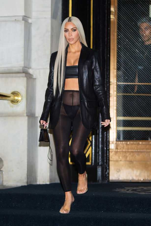 2bd423fcd3 Kimmy K was spotted during New York Fashion Week sans trousers skirt shorts  and we can only say kudos to her her unmistakable bravery.