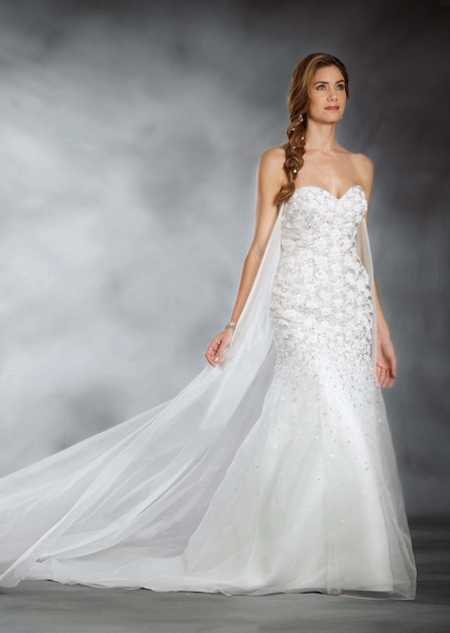 fa3bb5c73a9c Winter wedding dresses  17 beautiful bridal gowns for your winter ...