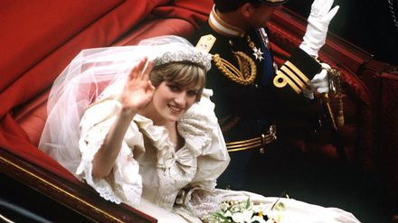 This Is Why Princess Diana S Wedding Dress Designer Ripped Up His