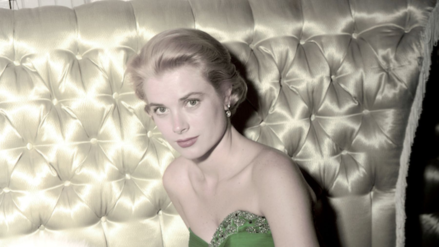 8ff2fde858af 12 Of Grace Kelly s Most Iconic Fashion Moments. ""