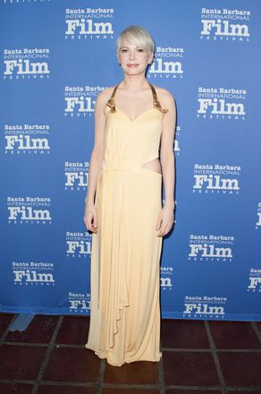 Michelle Williams Relives Iconic Oscar Moment In Yellow Gown Grazia
