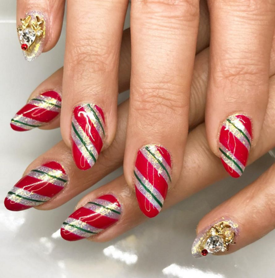 The Best Christmas Nails Designs Ideas Amp How To Get The Look Grazia
