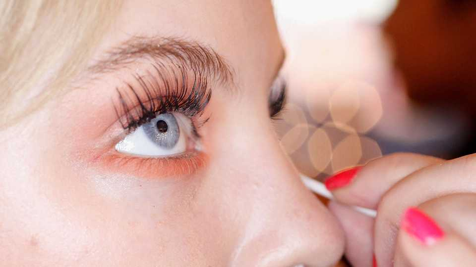 5bc46024583 Here's why you NEED to get vegan semi-permanent eyelashes for the ...
