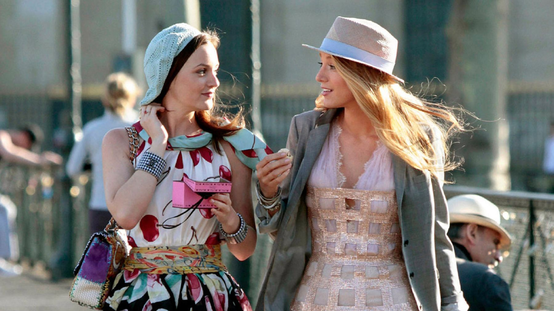 0d48fdcfbd1 The Best Gossip Girl Outfits  A Look Back At The Upper East Sider s ...