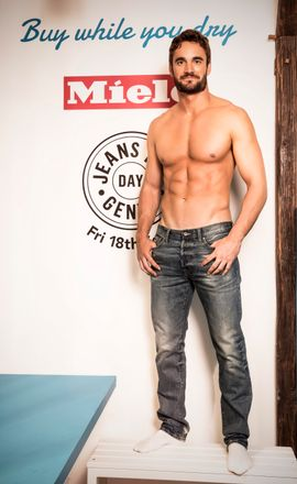 Thom Evans Strips To His Boxers To Recreate Levis Jeans