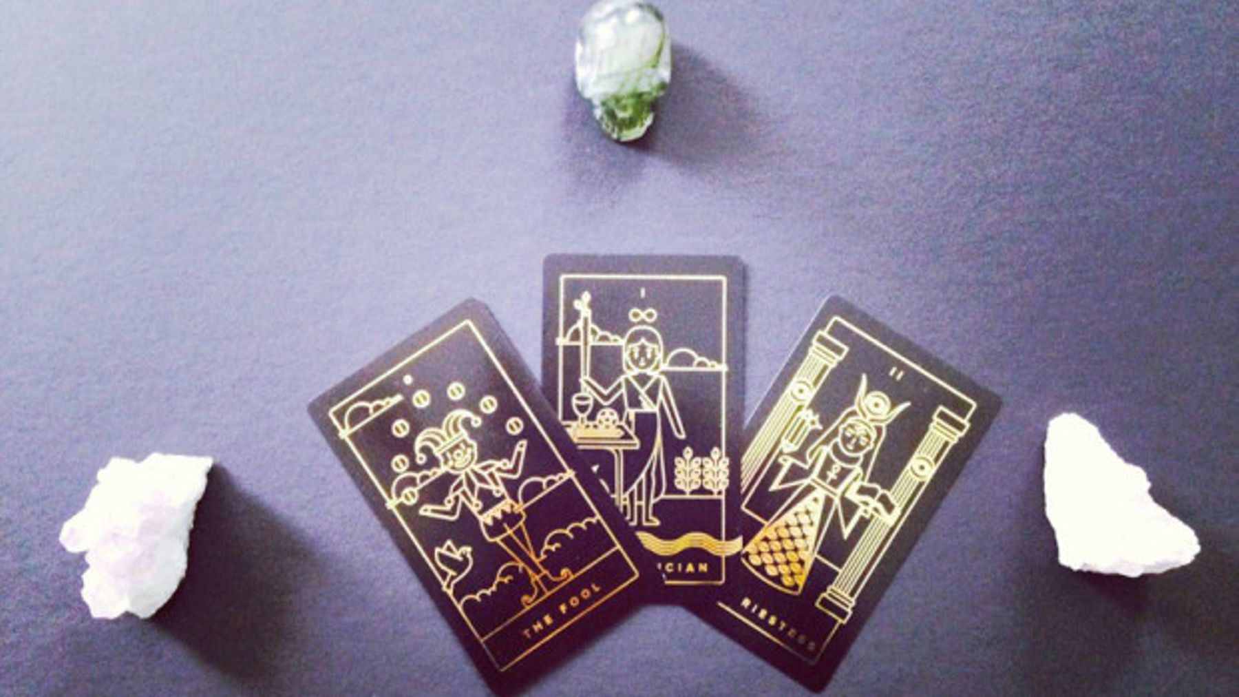 Wanna Learn How To Read Tarot Cards? There's An App For That | Grazia