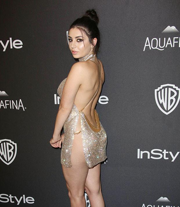 Charli Xcx Skips The Underwear For A Very Hot Golden Globes Look Style Heat