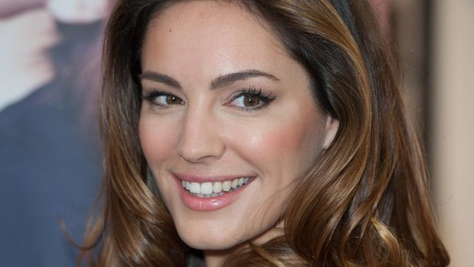Kelly Brook Hits Out At Katie Price She Only Got Famous -1722