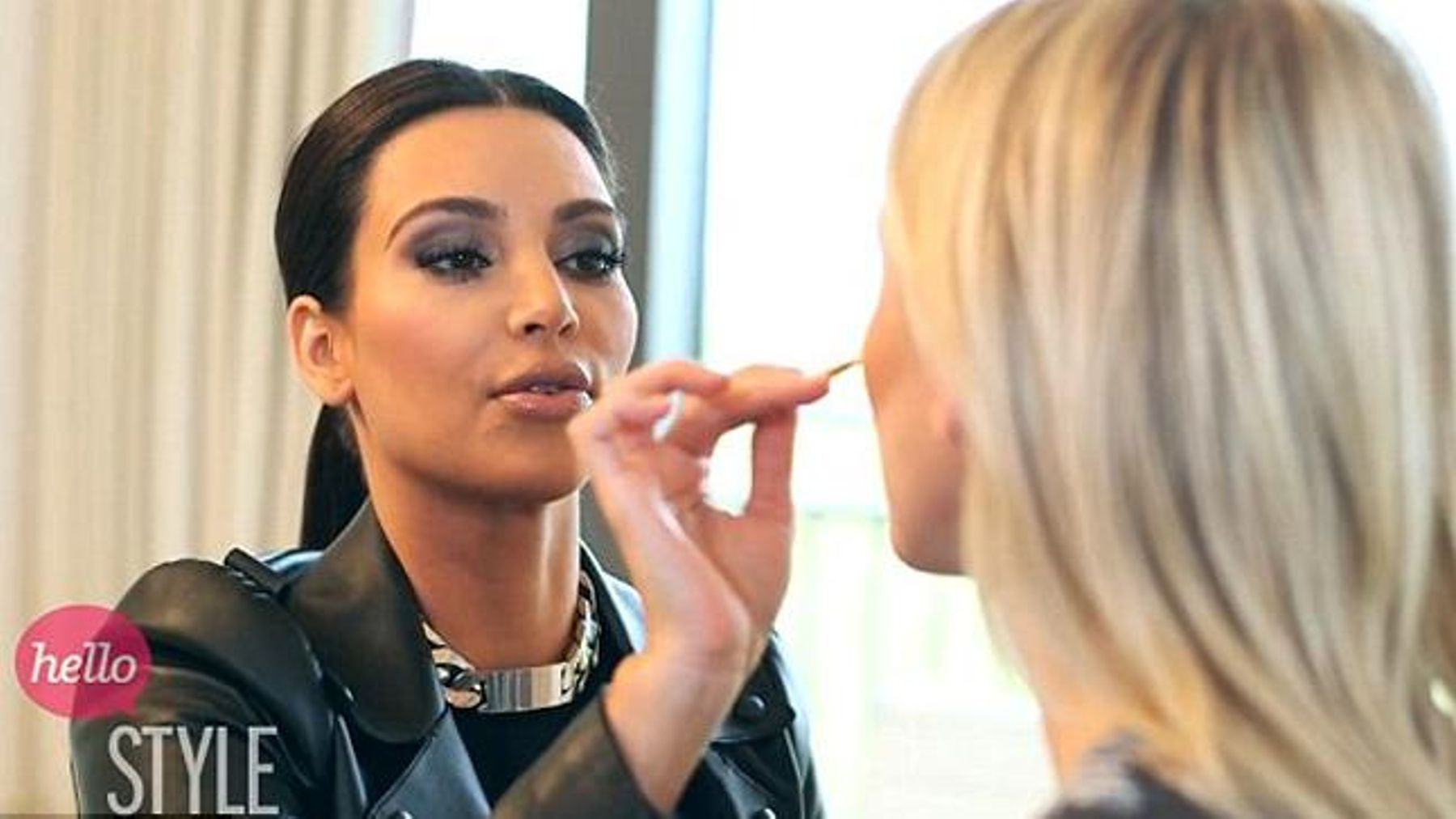 Watch: Kim Kardashian shows you how to contour in make-up