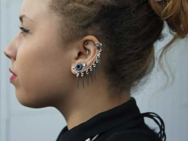 Tattoos Are Out Piercings Are In Now Let These Fashion Girls Show
