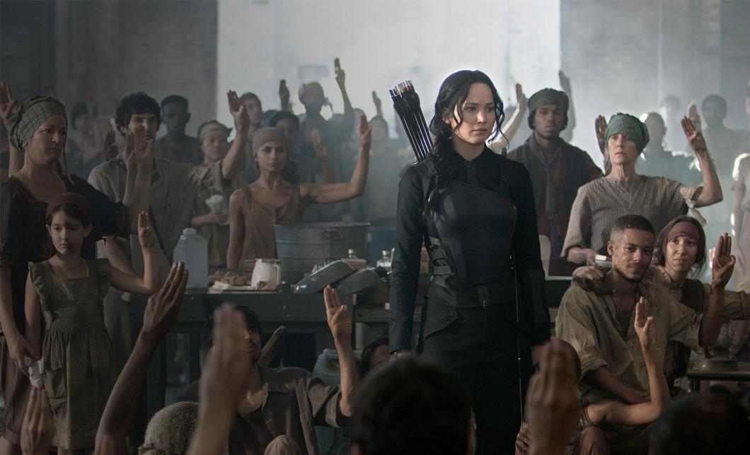 The Hunger Games Costume Designers On How They Created The Mockingjay Costume Grazia