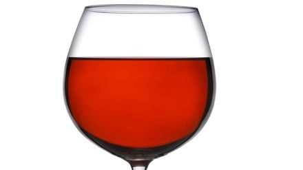 Alcohol and Weight Loss - Know the facts | Closer