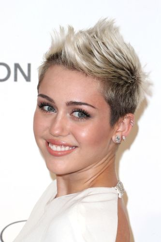Here Are The Best Short Hairstyles For Fine Hair Grazia