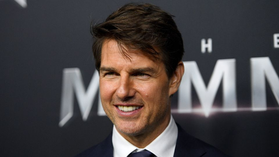 Tom Cruise Takes The Train In New Mission: Impossible 7 Set Image