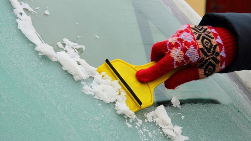 Could you be breaking the law as you defrost your car?