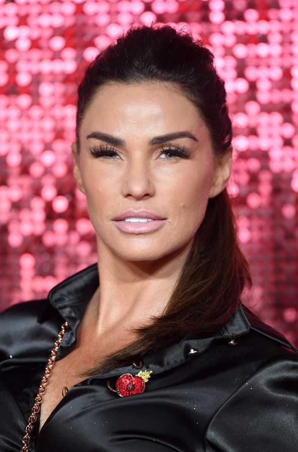 Katie Price's (rather extensive) plastic surgery timeline ...