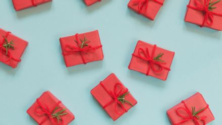 Your Last Minute Online Christmas Gift Guide Organised By Final Order Dates Grazia