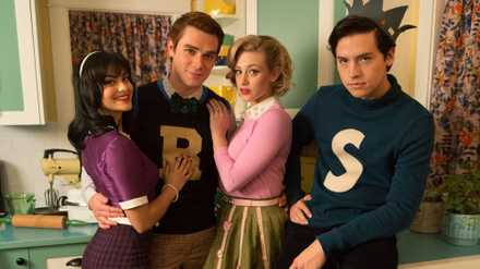 A handy list of the ages of the whole cast of Riverdale