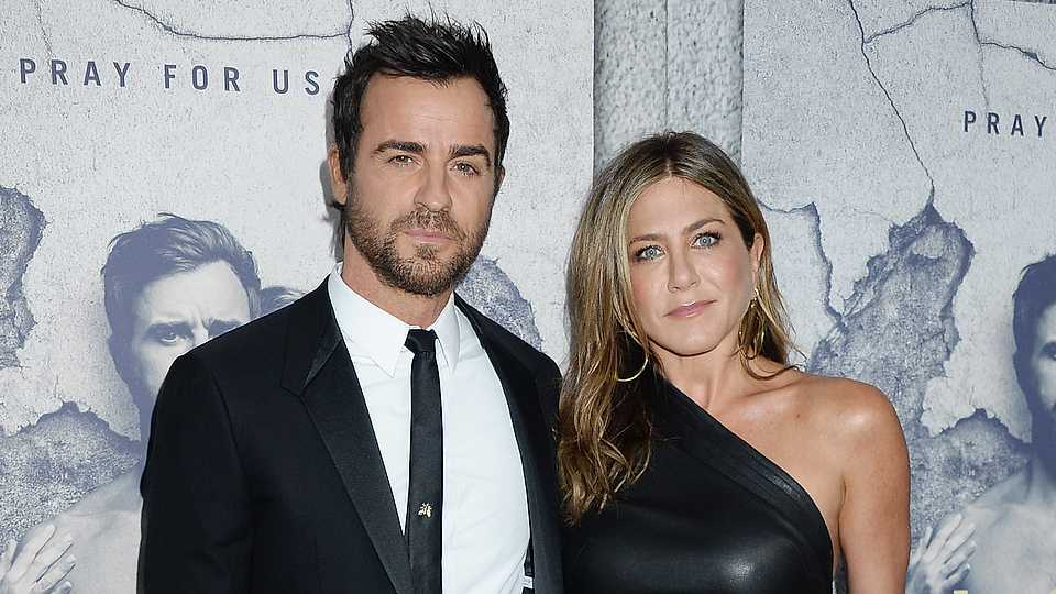 Jennifer Aniston And Justin Theroux Wedding.Wait Were Jennifer Aniston And Justin Theroux Not Actually Married