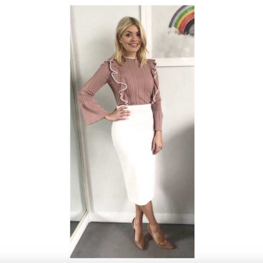 e7d21581e659 Holly Willoughby reveals the outfit she COULDN'T wear on This ...