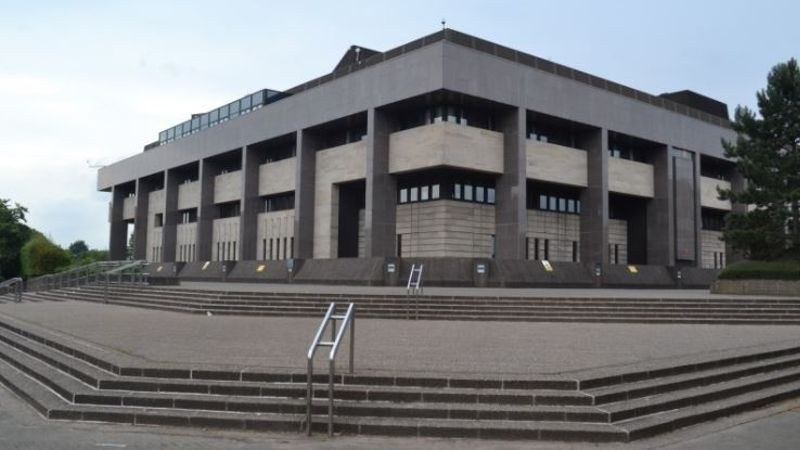 Glasgow man in court accused of approaching schoolgirl in lane