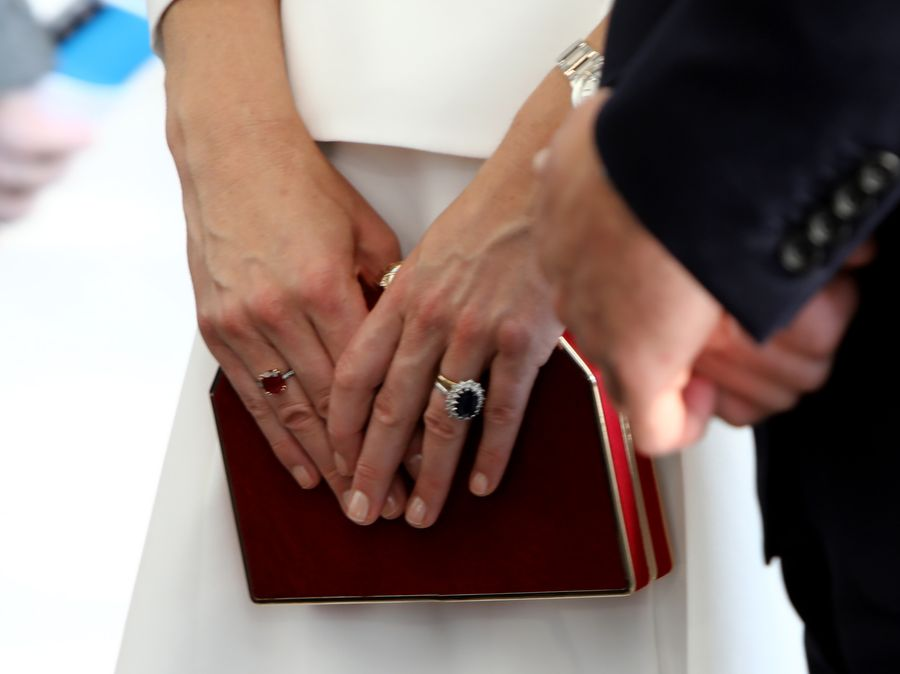 A Brief Guide To Kate Middleton S Rings Grazia