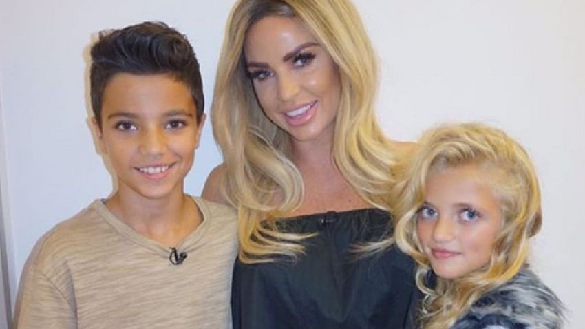 Katie Price Sells Princess And Junior S Clothes After Peter Andre Bans Her From Seeing Them Closer