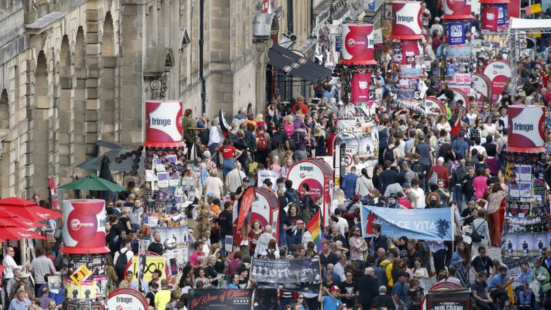 Call for Edinburgh residents to get discounted festival tickets