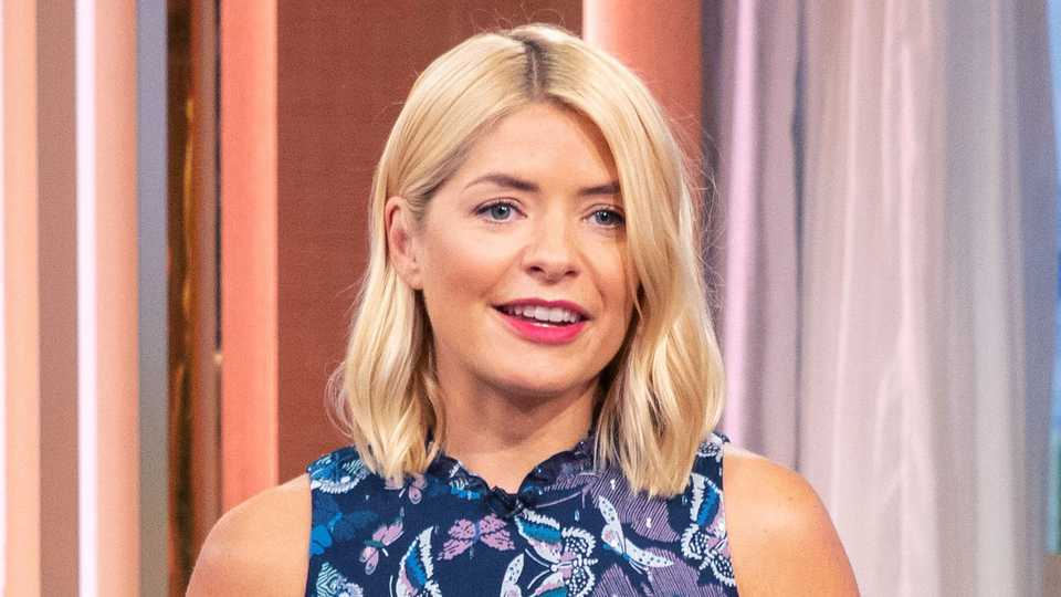 6bfa1376e Holly Willoughby announces she's having to step away from one of her roles  | Celebrity | Heat