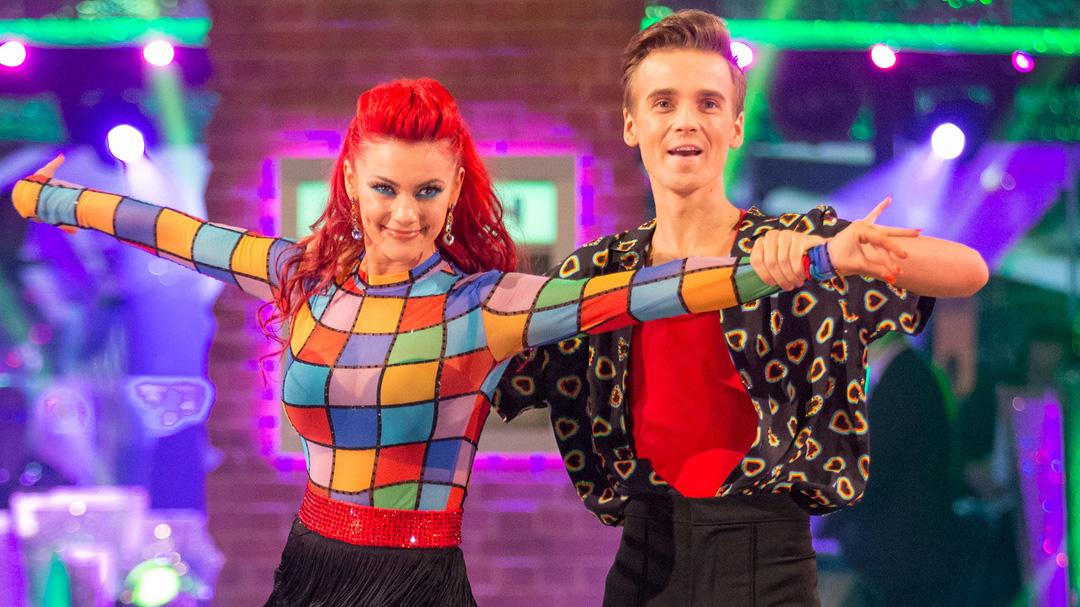 Strictly Come Dancing S Joe Sugg Finally Breaks Silence On Dianne Buswell Dating Rumours Entertainment Heat Who is joe sugg's roommate? strictly come dancing s joe sugg