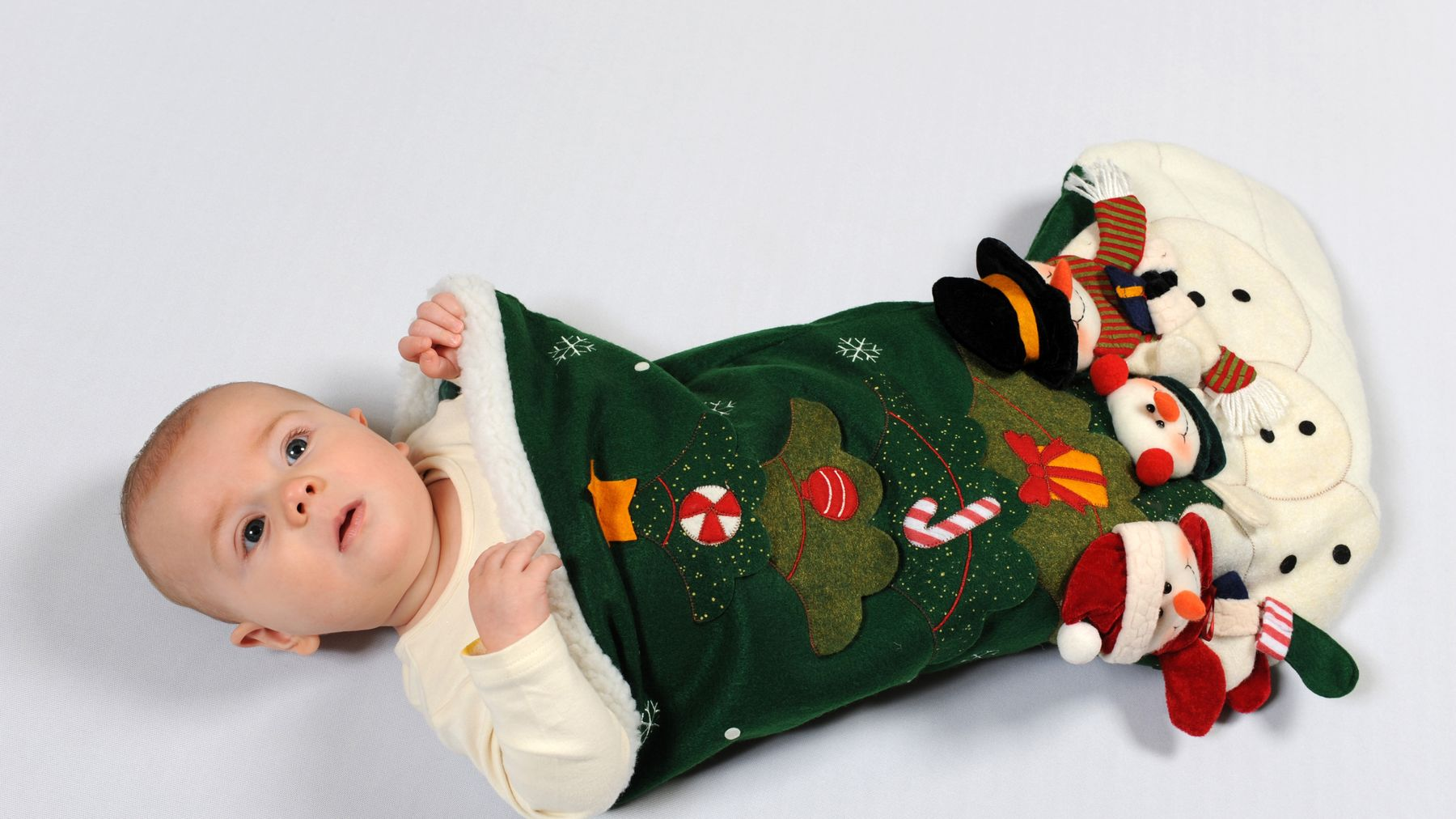 10 Gift Ideas For Baby S First Christmas Closer