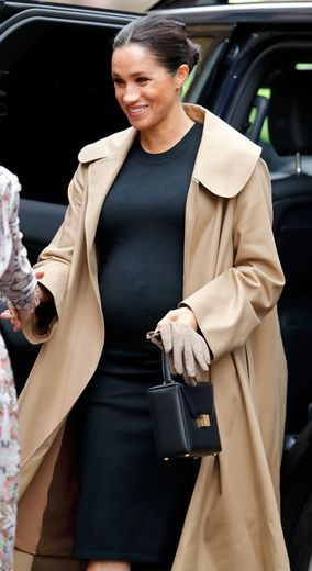 1d7781dc08f Meghan Markle Will 'Give Birth In Windsor', Breaking Royal Tradition ...