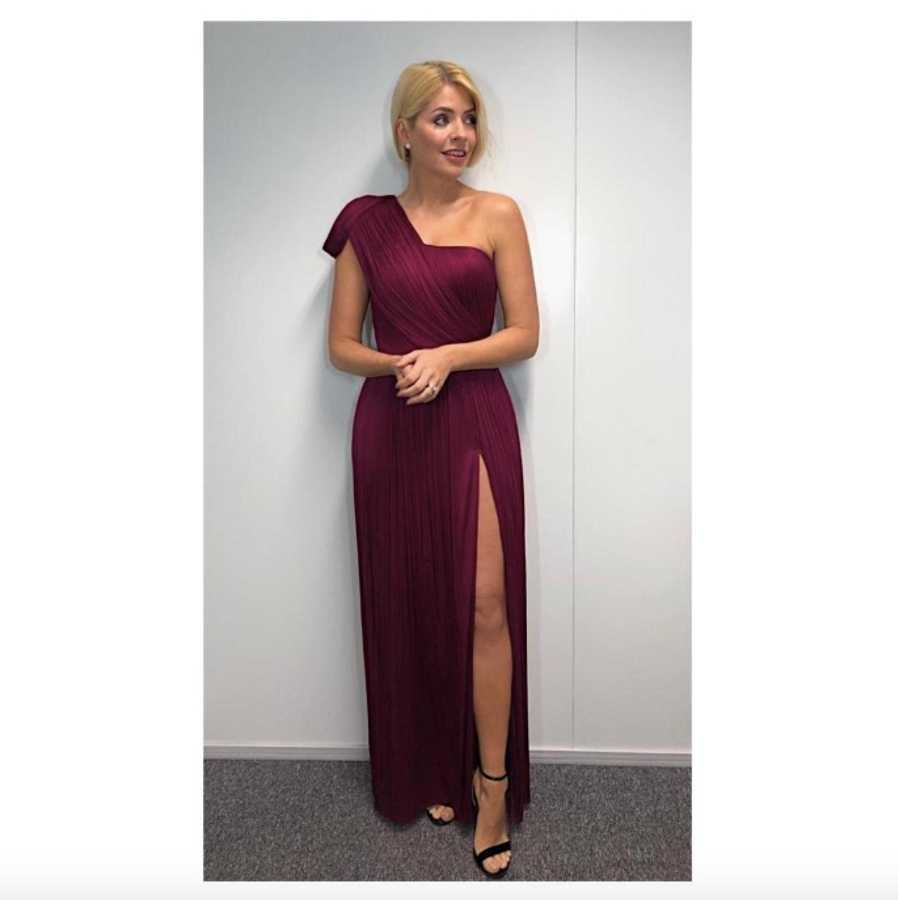 9d385e81ce2e3 Here's where you can buy Holly Willoughby's Dancing on Ice final ...