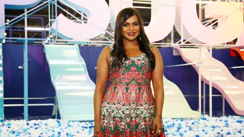PSA: Priyanka Chopra And Mindy Kaling Are Reportedly Making A Film Together