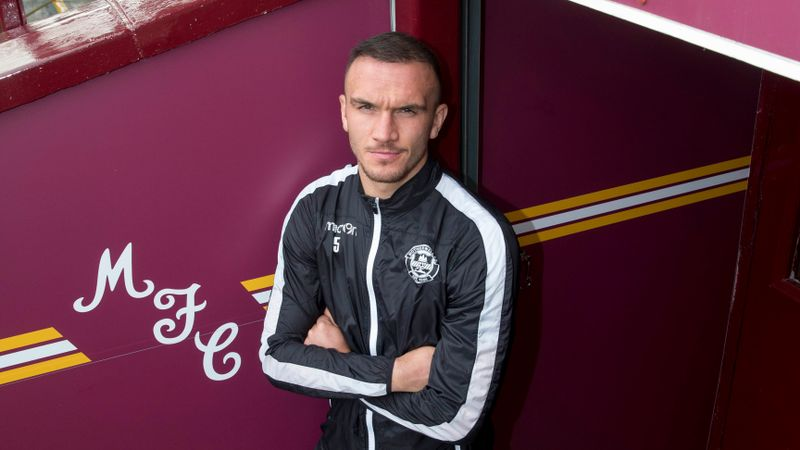 Alfred urges English players to sample life in Scotland's top flight