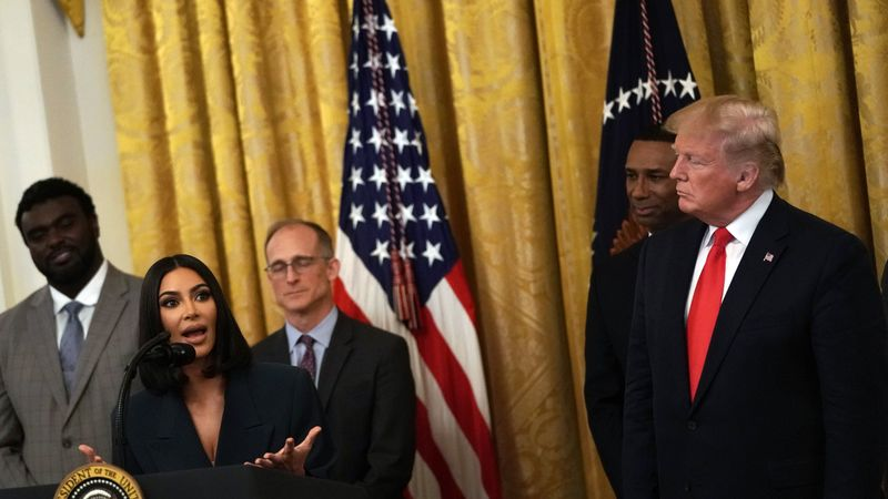 After Appearing At The White House Alongside Donald Trump, Kim Kardashian Is Now Helping Ex-Prisoners Get Jobs