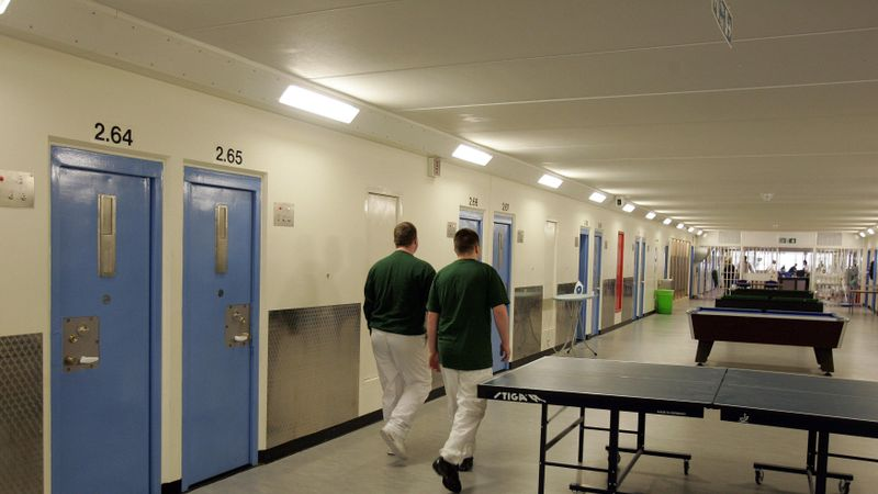 Phones in cells at Polmont to cut suicides