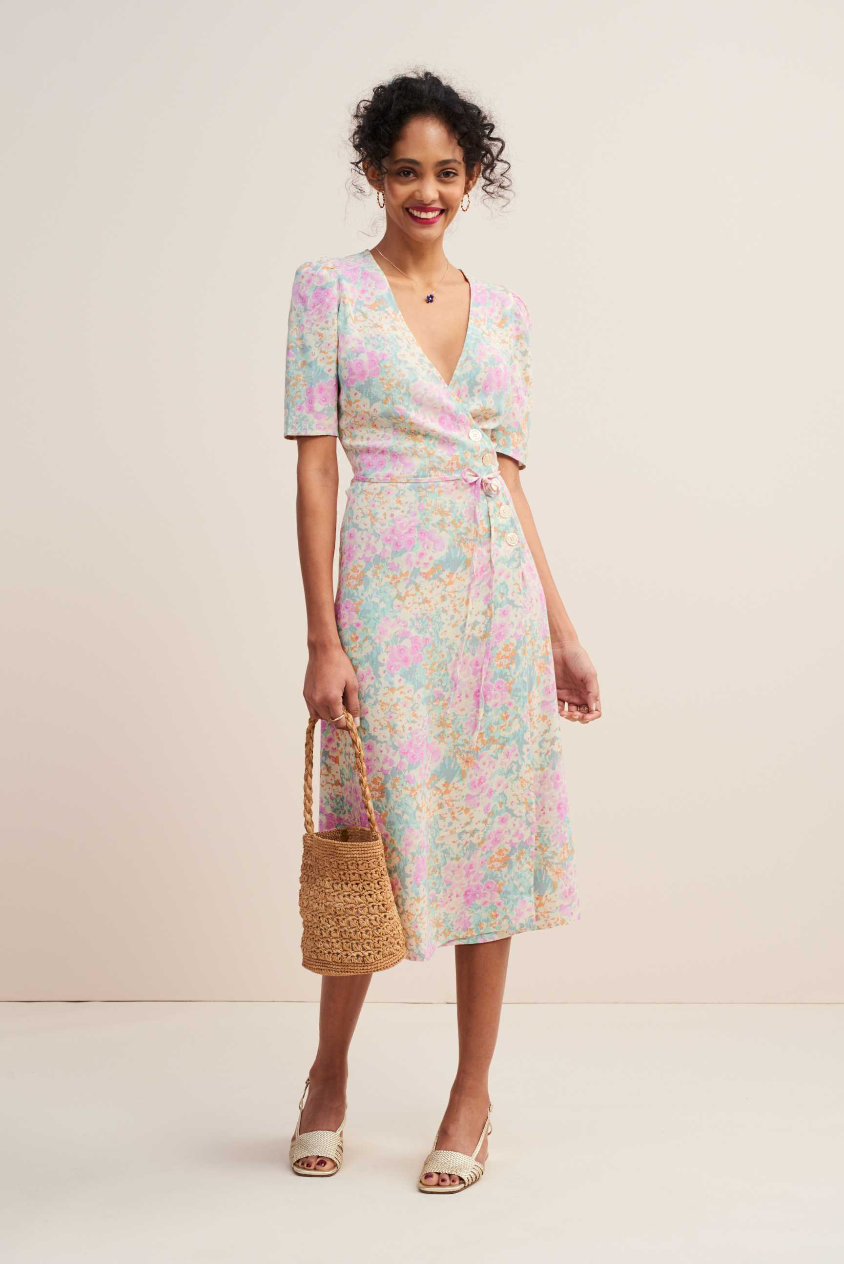 7b76df255d6f51 Five Summer Dresses That Will Make Your Wardrobe Endlessly More Interesting  | Grazia