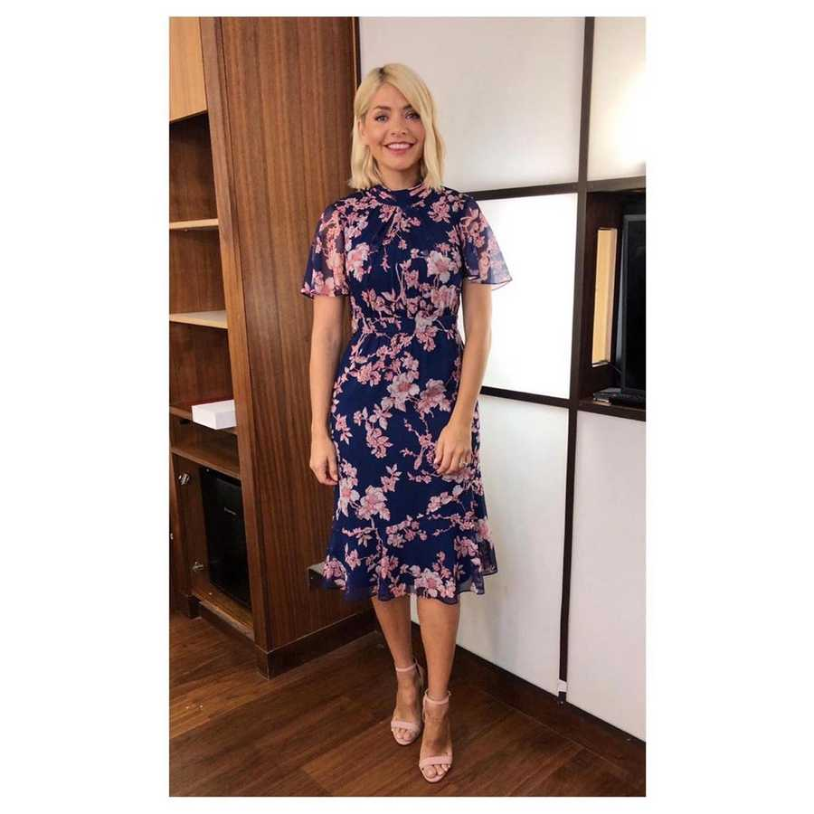 d20af09dd3 Holly Willoughby: All her clothes from This Morning and where to get ...