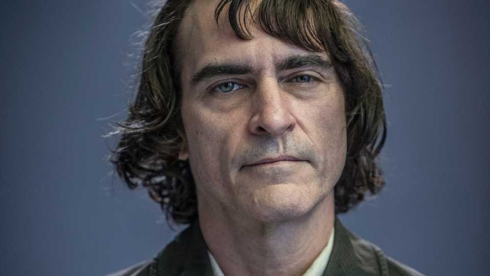 Joaquin Phoenix S Joker Movie Doesn T Follow Anything From The Comics Exclusive Image Movies Empire