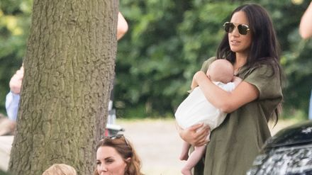 meghan markle and baby archie are cheering on prince harry at the polo and it s pretty cute grazia meghan markle and baby archie are
