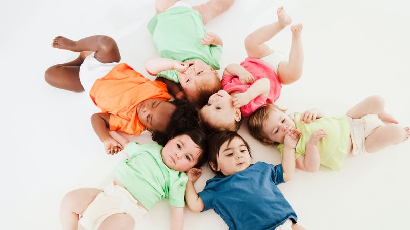 Unisex baby names: 126 gender neutral baby names and their meanings!
