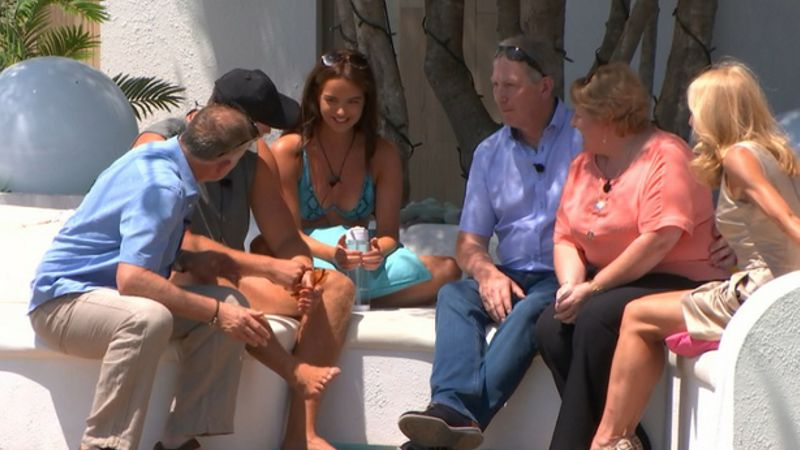 Maura And Curtis' Parents (And Their Reactions) Are The Most Relatable Part Of This Year's Love Island